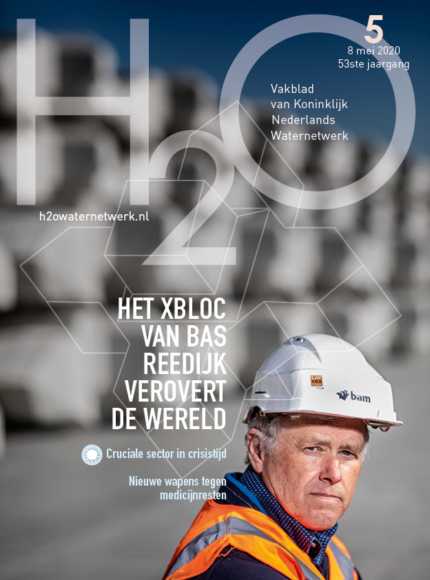 Cover H2O no.5 mei 20